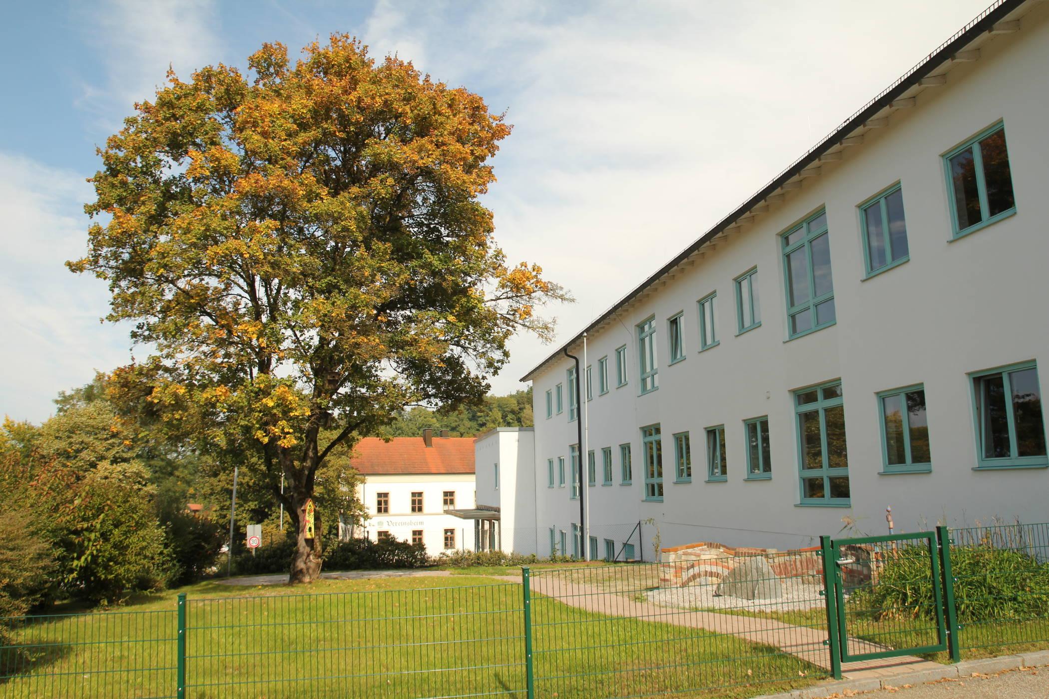 Schulhaus Reischach